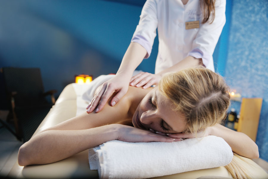 The Science of Massage: 5 Ways Massage Makes You Feel Better